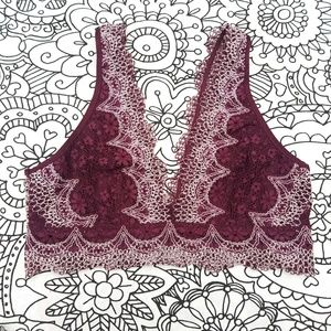 VICTORIAS SECRET lace bralette